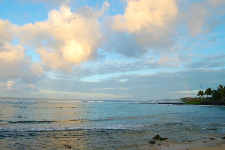 Hawaii dawn rainbow 7-27-11 006